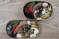 焼き鳥丼弁当(*^_^*) - オヤコベントウ