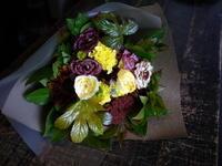 退職される女性へ花束。「黄色を使って」。201/10/13。 - 札幌 花屋 meLL flowers