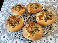 キノコのポテトフォカッチャ - カフェ気分なパン教室  ローズのマリ