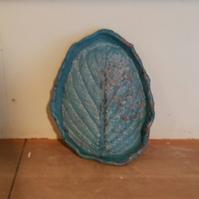 木の葉皿です。 - 陶芸教室 なすびの花