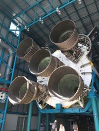 Apollo/Saturn V Center で巨大サターンVロケットに圧倒  - mayumin blog 2