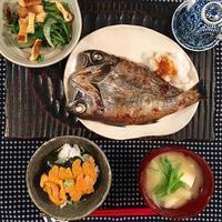 雲丹とノドグロとフグヒレと。そして豚ロースBENTO - Feeling Cuisine.com