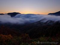 晩秋と滝雲 - デジタルで見ていた風景