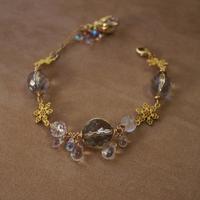 氷と雪と雫のブレスレット - Labra ~stones and beads~