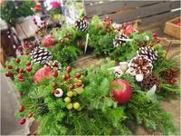 フラワールーシュお花の会☆11月【クリスマスリース】レッスンのお知らせ - ルーシュの花仕事