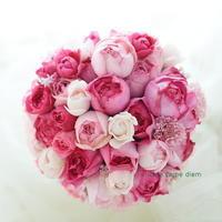 ラウンドブーケ ピンクの丸いバラのコンツェルト グランドオリエンタルみなとみらい様へ - 一会 ウエディングの花