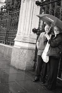 雨の街角で - Life with Leica