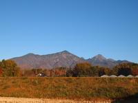 秋の連休 - 八ヶ岳 革 ときどき くるみ
