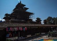 ネパール探訪(1日目:カトマンズのダンバール広場:宮廷広場) - 写真の散歩道