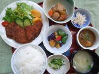 ソースかつ★(^^♪・・・・・700円ランチ - 日だまりカフェ