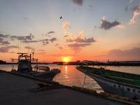 連休中日思い立って三崎の夕陽 - 海辺のセラピストは今日も上機嫌!