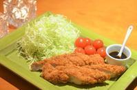 柿の葉寿司/豚フィレカツ/鯛とアボガドの山葵醤油和え - まほろば食日記