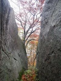 秋色に染まる大仲津谷に吹く風は冷たく… - 山にでかける日