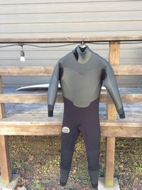 1Rのみ使用のused wetsuitsのご案内です - BAREFOOTSURF @ 宮城県仙台市宮城野区 #仙台新港 #荒浜