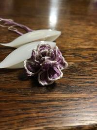 紫のお花 - 箱と紙と素材たち