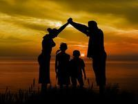 バックパッカーブログ #18「その家族、全員他人」 - Let's Travel