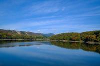 秋色の恩原湖 - アオイソラ