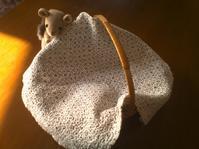 おばあちゃんの刺し子 - 手編みバッグと南部菱刺し『グルグルと菱』