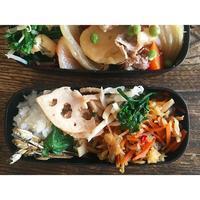 肉じゃがBENTO鰯つみれ汁付き - Feeling Cuisine.com
