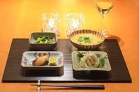 いかの煎り酒と大葉和え/粕漬けの焼き物/牡蠣の卵とじ - まほろば食日記