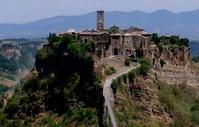 """イタリアの最も美しい村・""""天空の城""""・絶滅のおそれがある""""死にゆく街"""" - dezire_photo & art"""