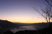 雲海と朝日(熊本)。 - 青い海と空を追いかけて。