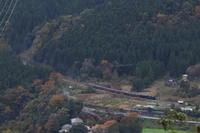 色付き始めた山から里へ - 秩父・2017年秋 - - ねこの撮った汽車
