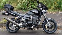GSX1400 - オートバイ、メタルを愛する人生