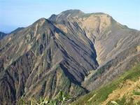 南魚沼市 ひとりぼっちの越後三山縦走 中ノ岳と駒ケ岳から紅葉の水無渓谷へ     Mount Echigokoma in Minamiuonuma, Niigata - やっぱり自然が好き