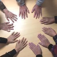 マニキュアネイルのボランティア! - 三重県 訪問美容/医療用ウィッグ  訪問美容髪んぐのブログ