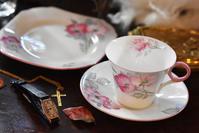 シェリー 薔薇のティートリオ - AntiqueJewellery GoodWill