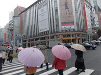 雨の銀座 / XQ1 - minamiazabu de 散歩