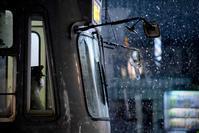 雪の夜の市電 - 人間到る処青山有り