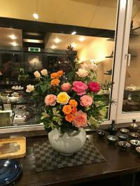 「TomoyukiFlowers/トモユキフラワーズ」さんの秋の薔薇達♪ - Salon de deux H