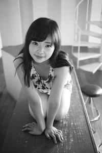 陽愛ちゃん5 - モノクロポートレート写真館