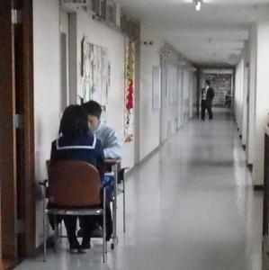 期末テストの準備を進める3年生 - 平洲中NOW29②