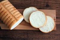 シンプルラウンド食パン、無花果ジャムでいただく。 - Takacoco Kitchen