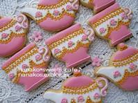 ティーポット・カップアイシングクッキー - nanako*sweets-cafe♪
