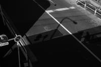 歩道橋から / X-E1 + KIPON IBERIT 35mm f/2.4 - minamiazabu de 散歩 with FUJIFILM