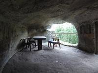 洞窟リビングでティーブレイク♪ 1泊2日1万円の千葉旅♪ - ルソイの半バックパッカー旅