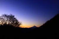 29年11月の富士(26)柳沢峠の富士 - 富士への散歩道 ~撮影記~