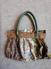ネクタイから作ったハンドバッグ - うららフェルトライフ