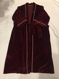 Christian Diorベロアガウン - 「NoT kyomachi」はレディース専門のアメリカ古着の店です。アメリカで直接買い付けたvintage 古着やレギュラー古着、Antique、コーディネート等を紹介していきます。