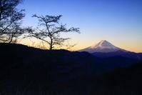 29年11月の富士(27)甲州市の富士 - 富士への散歩道 ~撮影記~