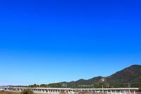 駆け抜ける(九州新幹線)。 - 青い海と空を追いかけて。