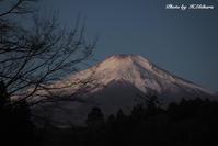 凍てつく夜明け - 写真家 海老原 勇人