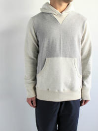 Merz b. Schwanen Hooded Sweater - 2 Tone - 『Bumpkins putting on airs』