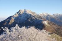 寒風山と迷って伊予富士へ - 軟弱足 の山歩き