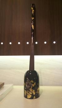 豪華絢爛漆塗りシューホーン&スタンド - 池袋西武5F靴磨き・シューリペア工房
