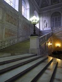 ナポリの壮麗な王宮 (Napoli 10) - エミリアからの便り